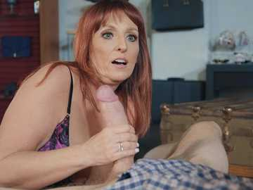 Bored shop owner Beau Diamonds seduces big-cocked client for crazy fucking