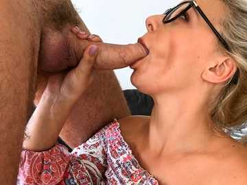Nerdy young blonde Elizabeth Romanova gets her glasses dirty with cum after sex